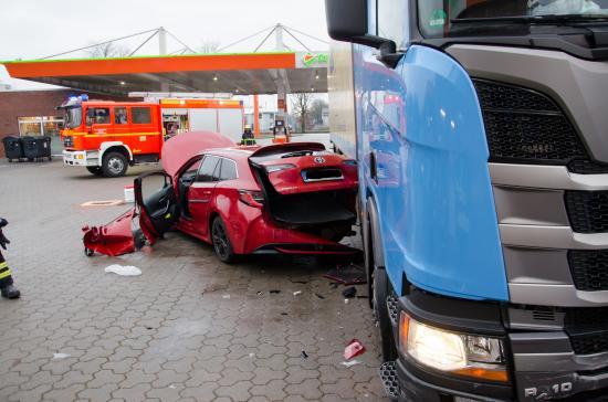 Bild - Verkehrsunfall in Osterrönfeld – zwei Verletzte