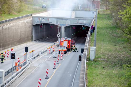 Bild - Kanaltunnel Übung 2021