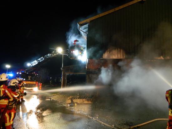 Bild - Werkstattbrand auf einem Bauernhof in Bargstedt (Amt Nortorfer Land)
