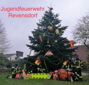 Bild - Einsatzalarm Weihnachtsbaum der JF Revensdorf