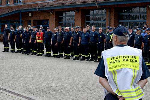 Bild - Hilfe für Flutopfer - Ministerpräsident Günther dankt Helfern