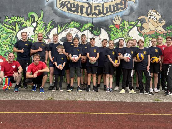 Bild - Fotoshooting für ein Motivationsposter zum Thema  Feuerwehrsport in Jugendwehren
