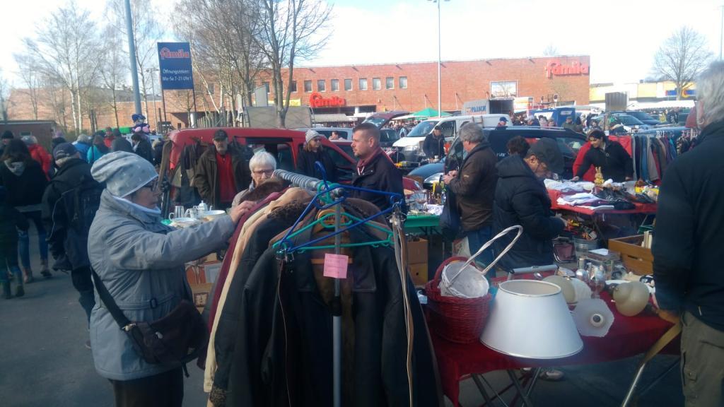 RENDSBURGer Kreishafen-famila Flohmarkt